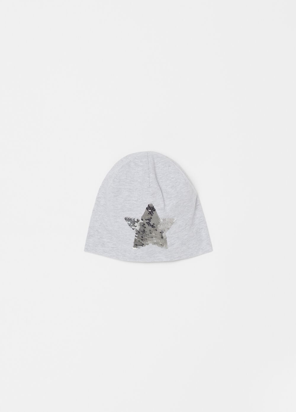 Hat with star motif sequins