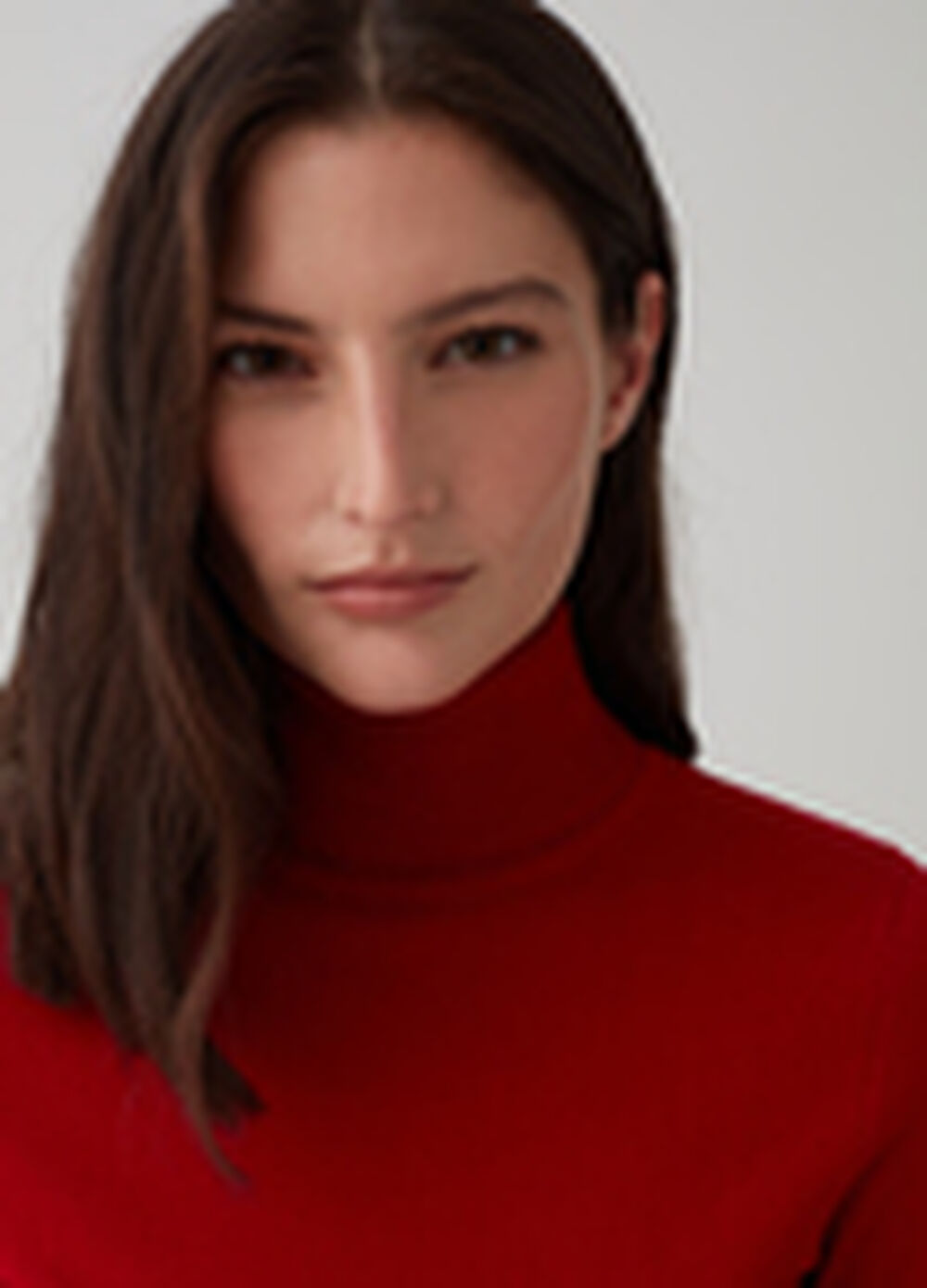 Solid colour turtleneck jumper with ribbed cuffs