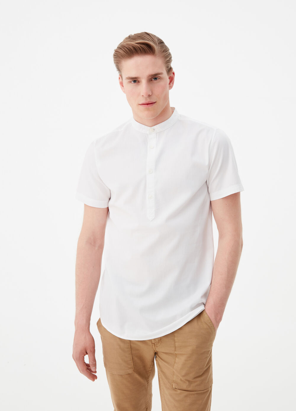 Slim-fit shirt with mandarin collar