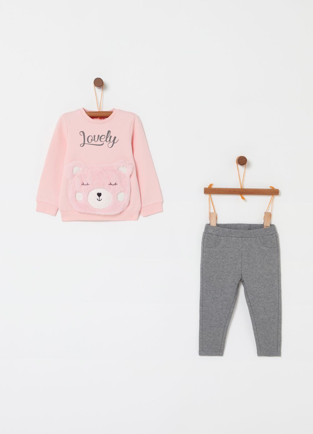 Jogging set with sweatshirt and trousers with teddy bear