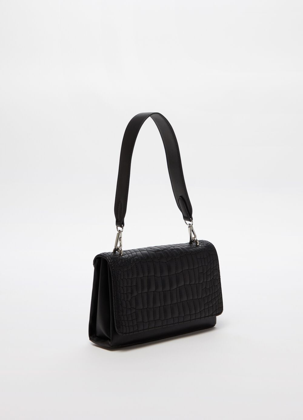 Shoulder bag with quilted flap