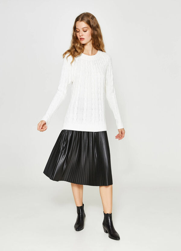 Stretch pleated longuette skirt