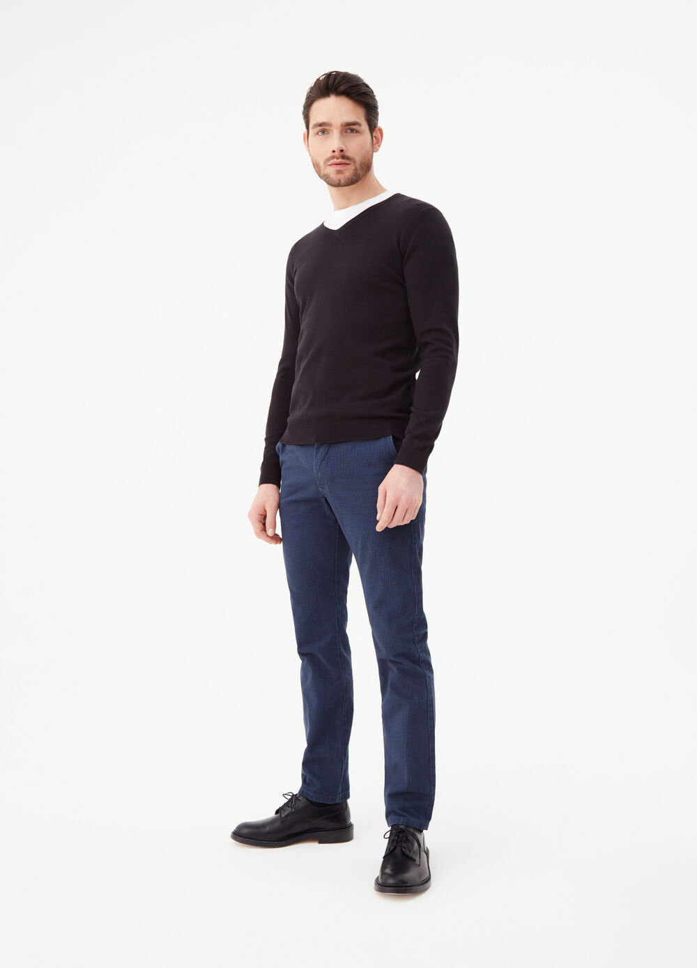 Regular-fit chino trousers with pattern