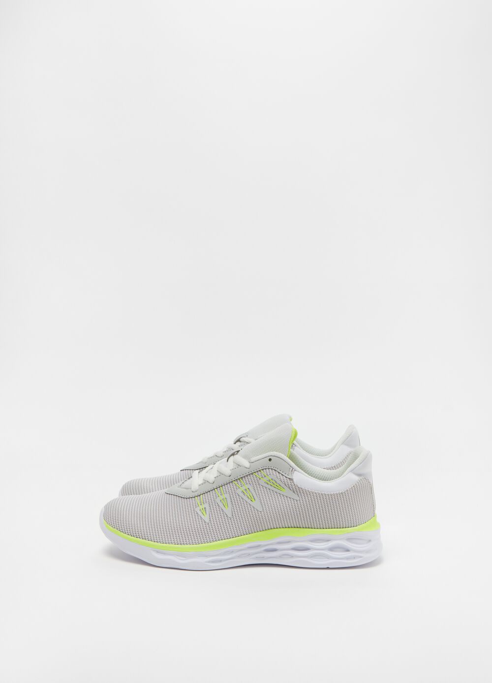 Sneakers with fluorescent details