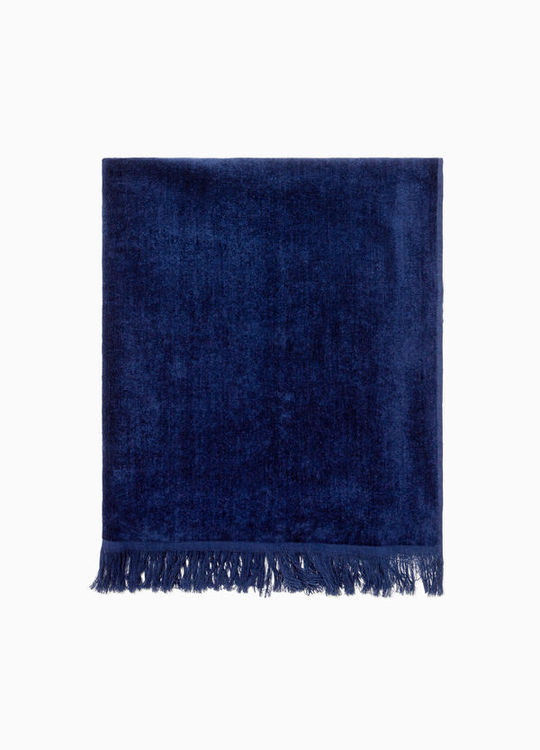 Solid colour beach towel in cotton.
