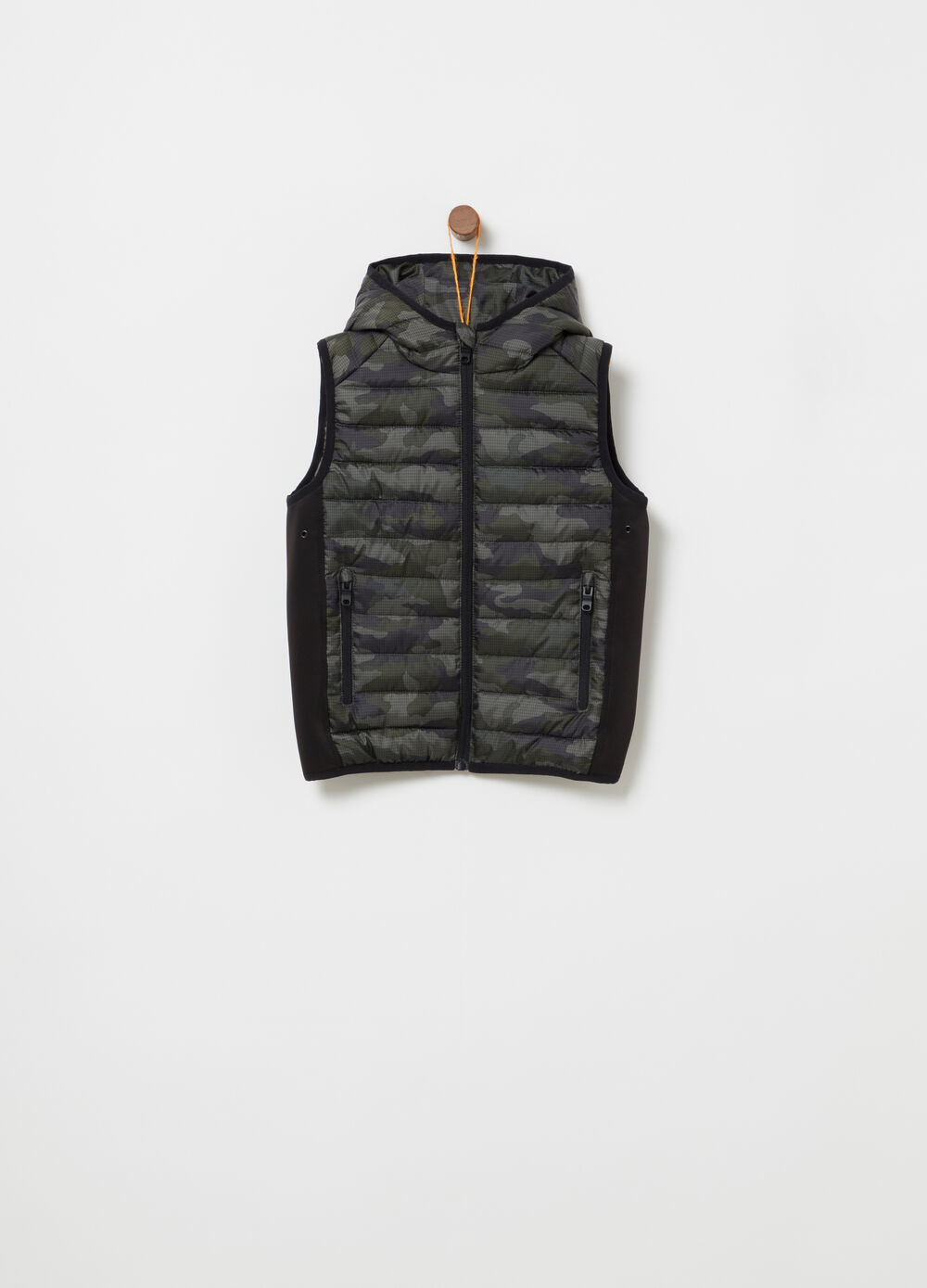 Nylon gilet with camouflage neoprene inserts