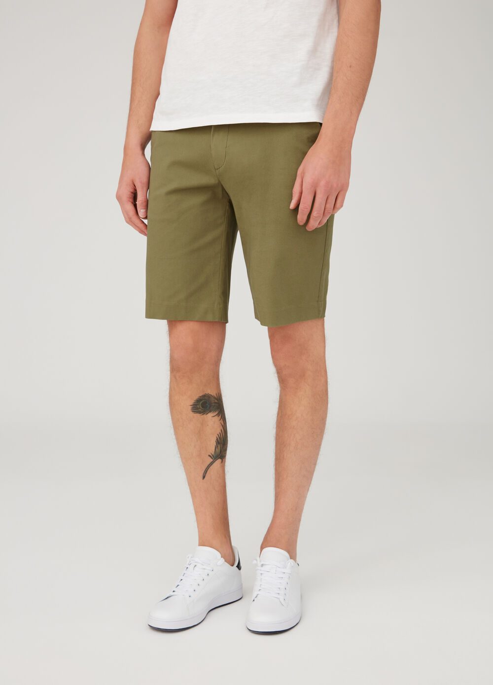 Regular-fit chino shorts with five pockets