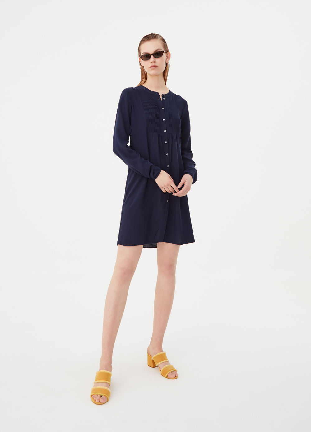 Shirt dress with Mandarin collar and pleating