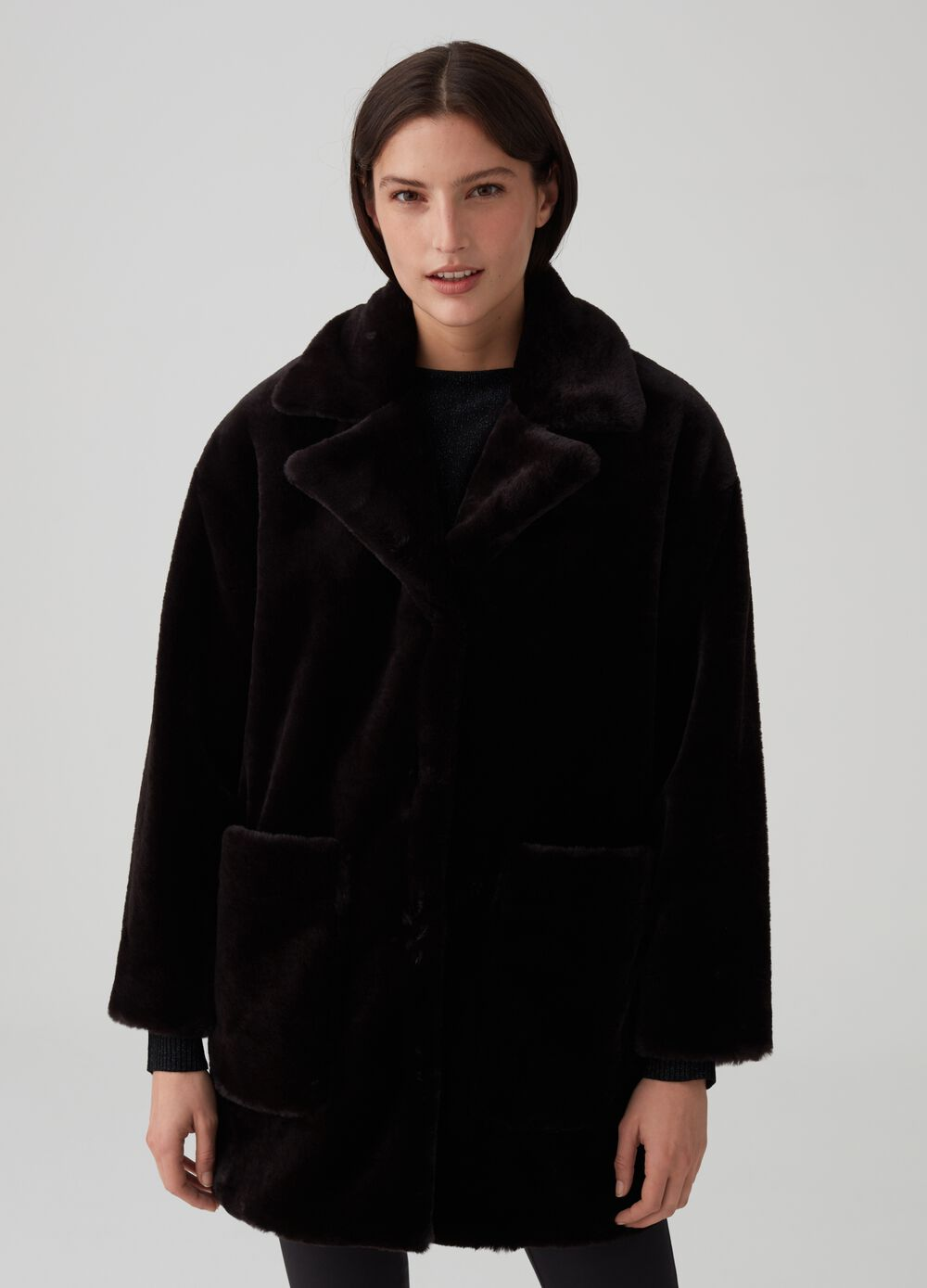 Eco-fur jacket with lapels and pockets