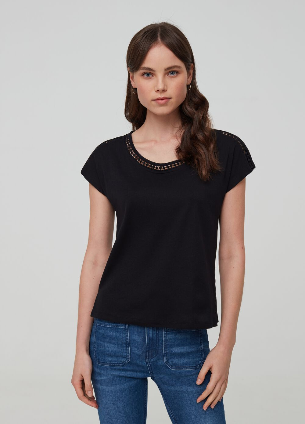 100% organic cotton T-shirt with embroidery