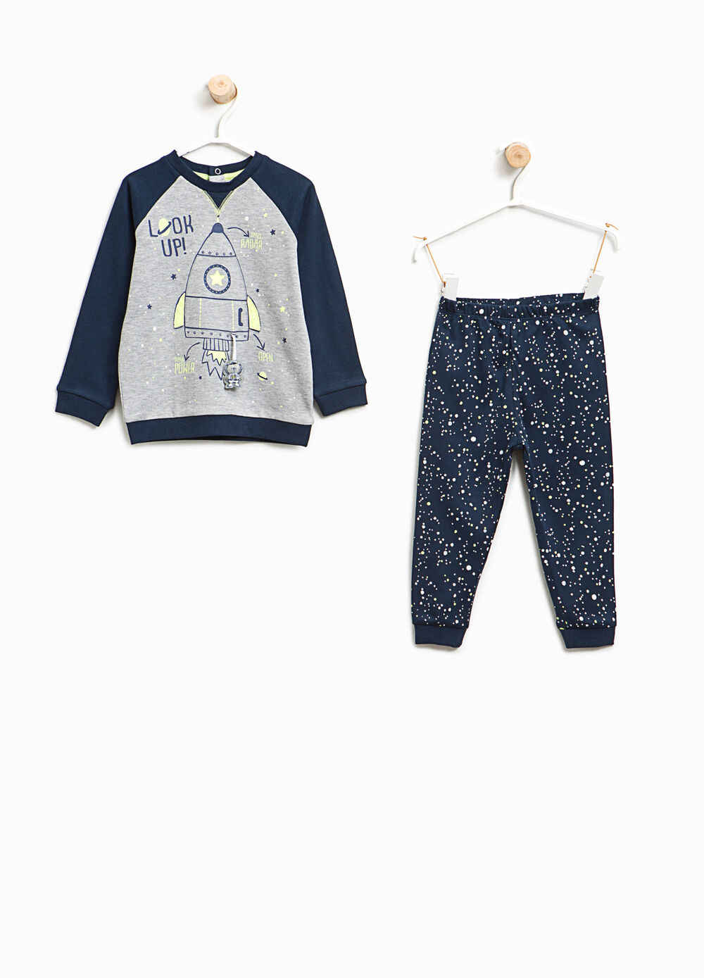 100% cotton pyjamas with print and pattern