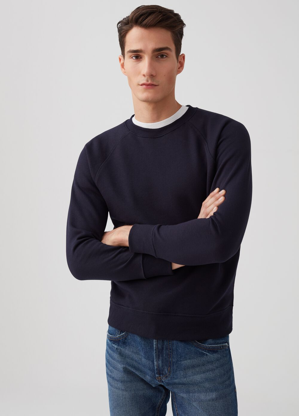 Sweatshirt with round neck and ribbing