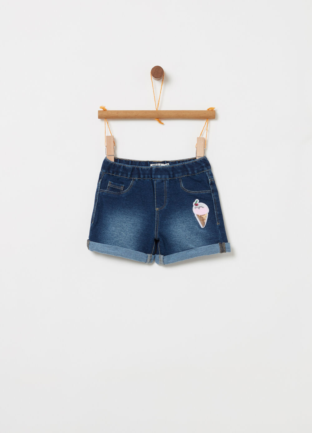 Shorts in denim con gelato paillettes