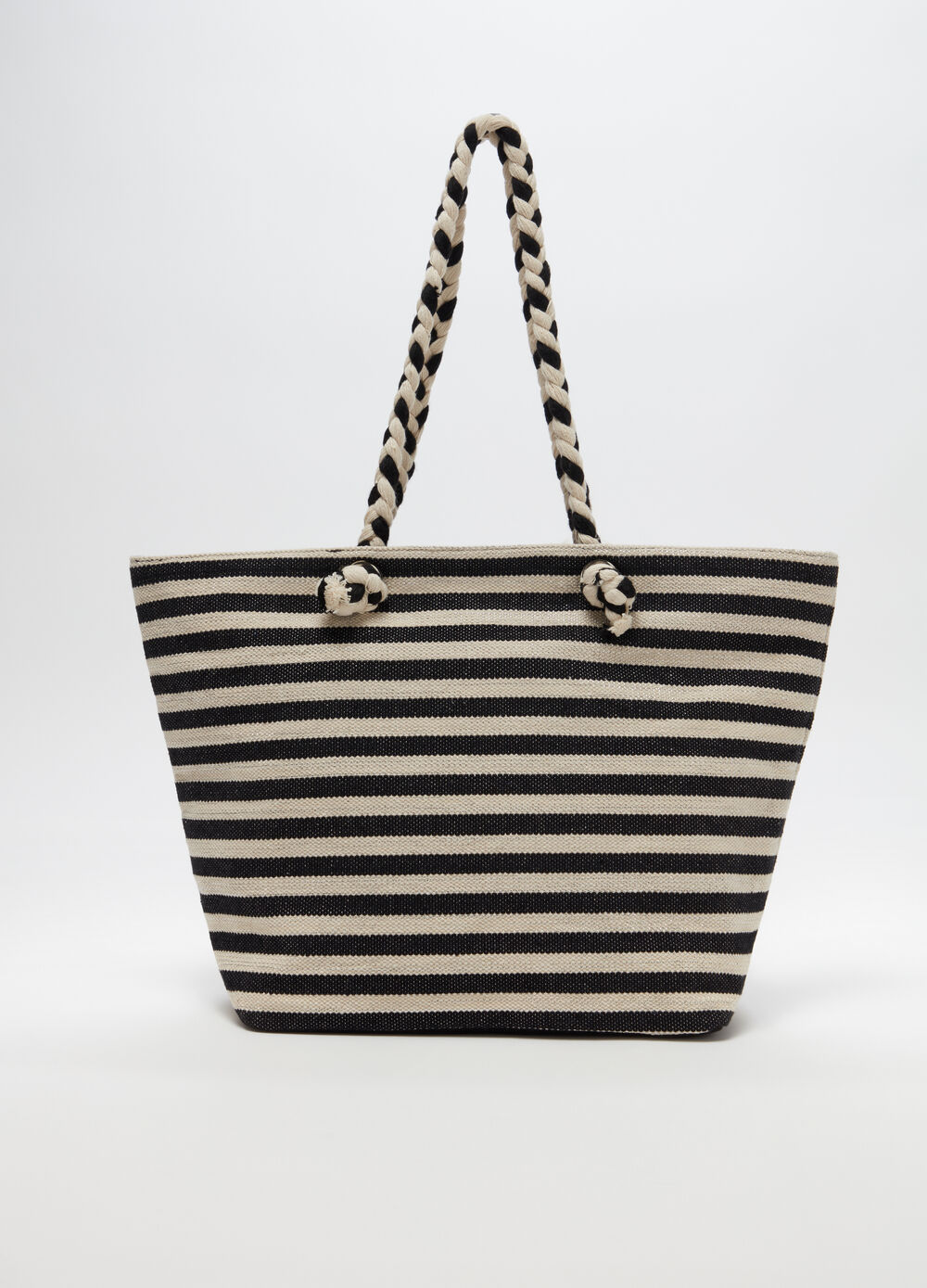 Beach bag with striped pattern