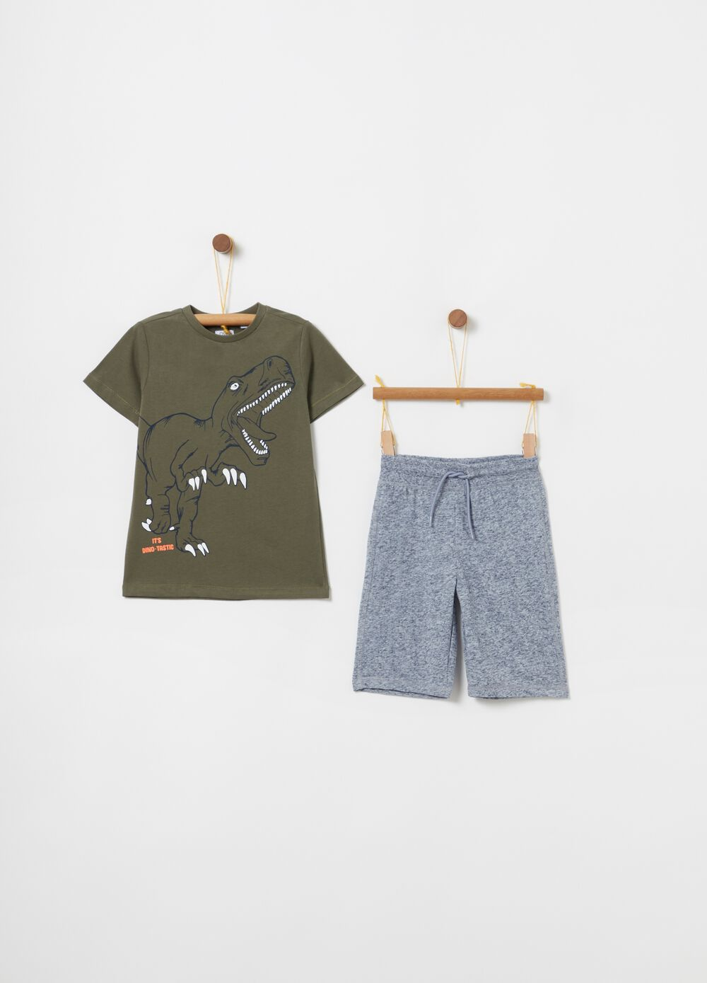 Mélange jogging set with T-shirt and shorts