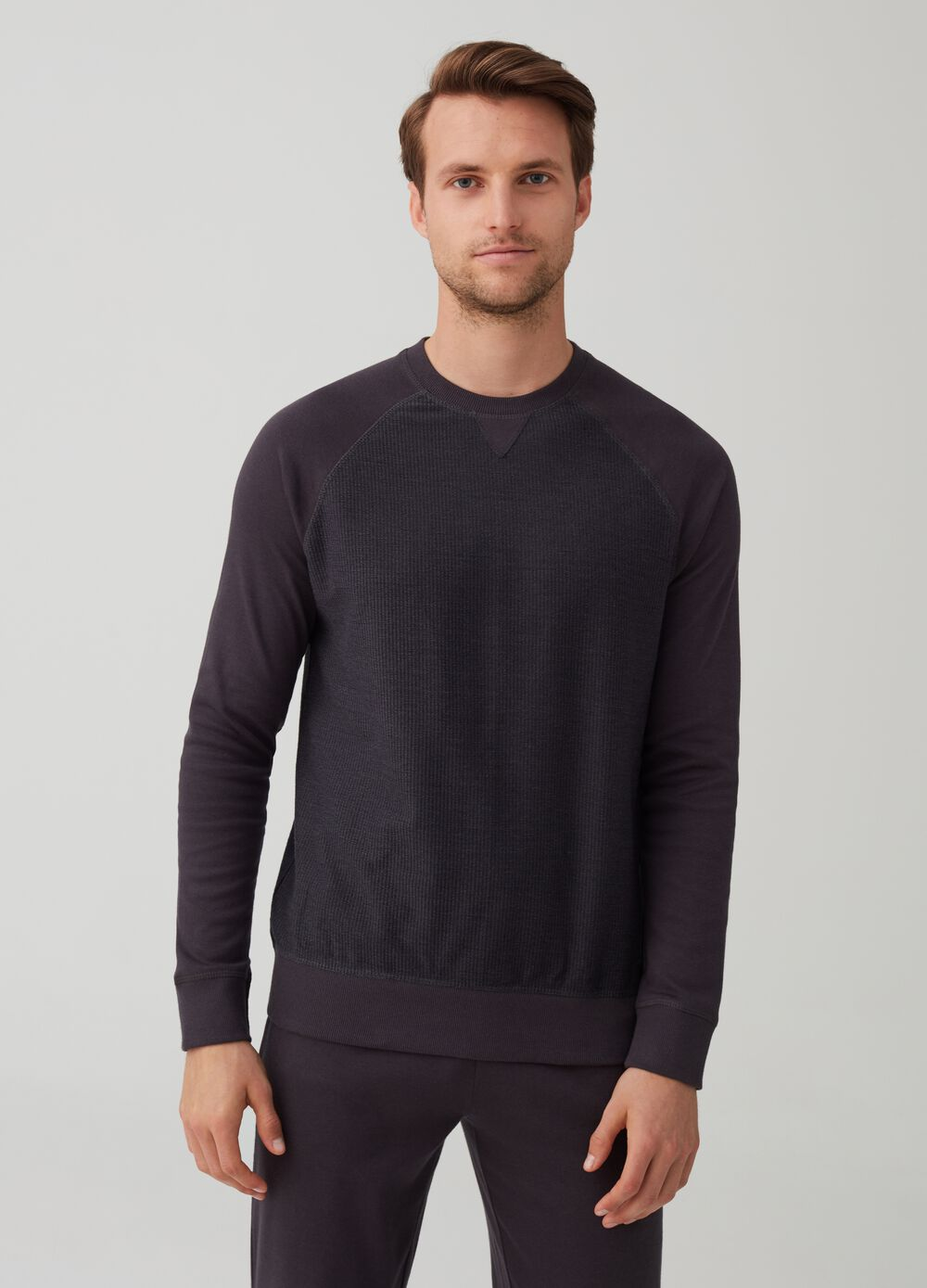 Crew neck pyjamas in 100% warm cotton