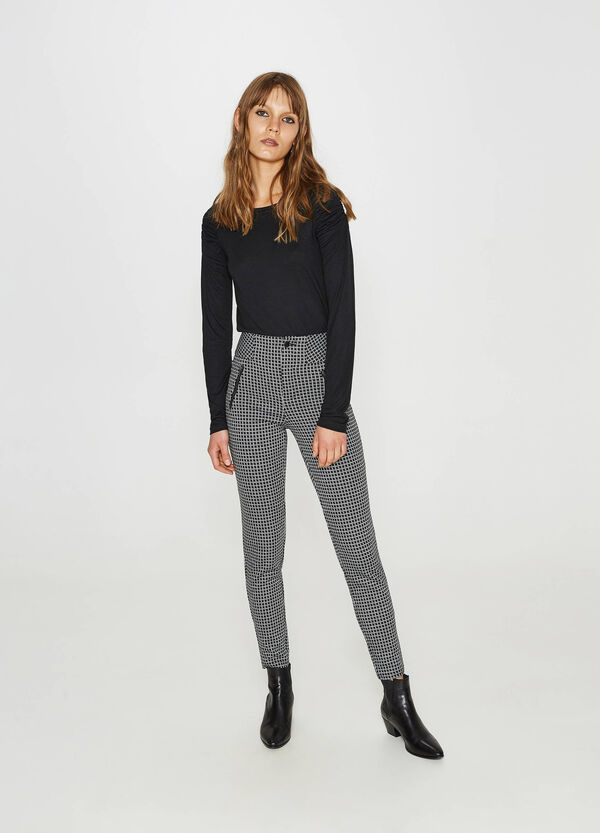 High-waisted trousers in patterned viscose