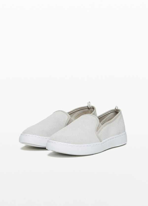Suede slip-ons with trim