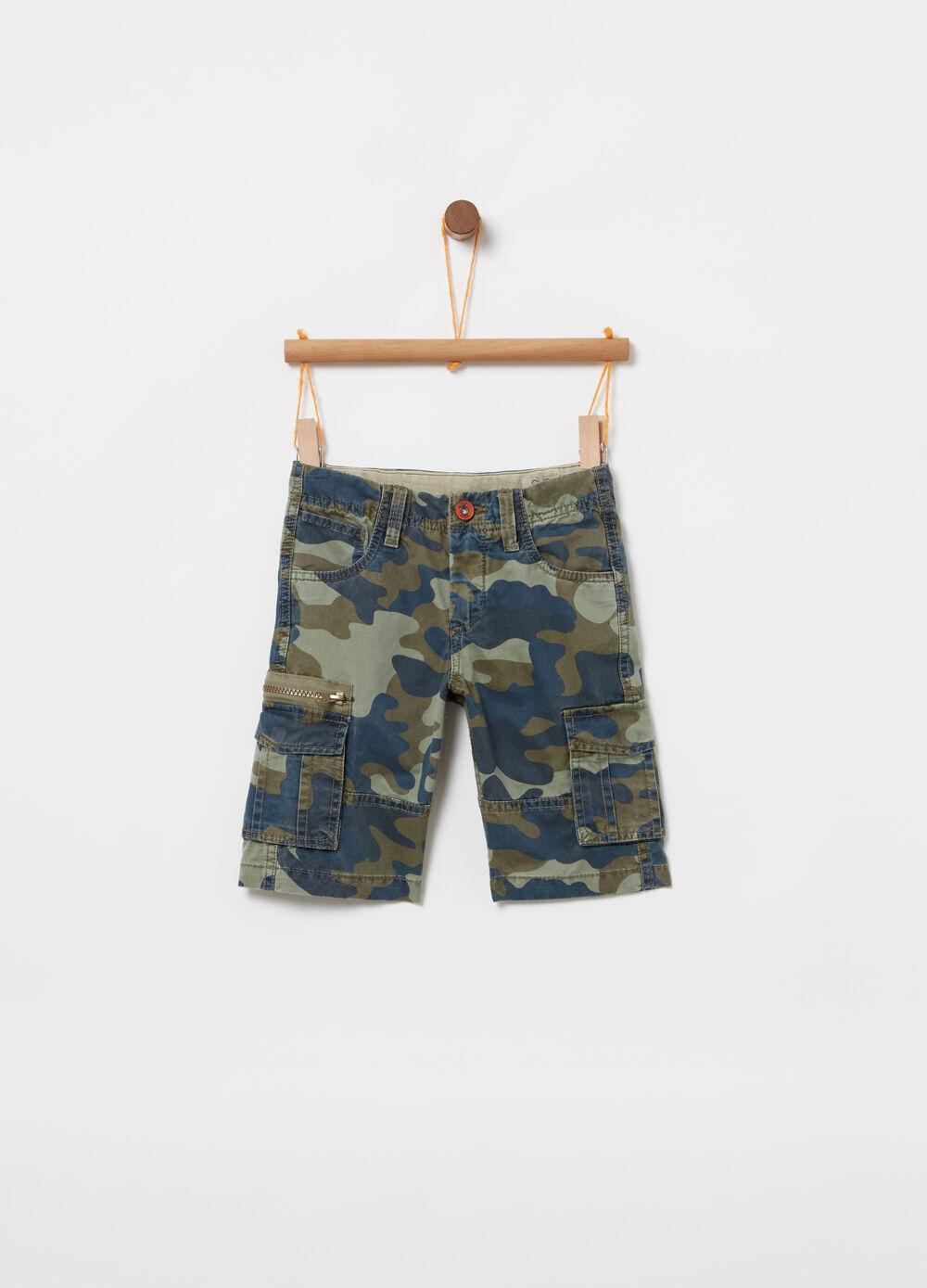 Shorts modello cargo in twill camouflage