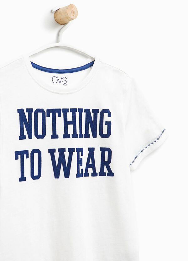 T-shirt with contrasting stitching and print | OVS