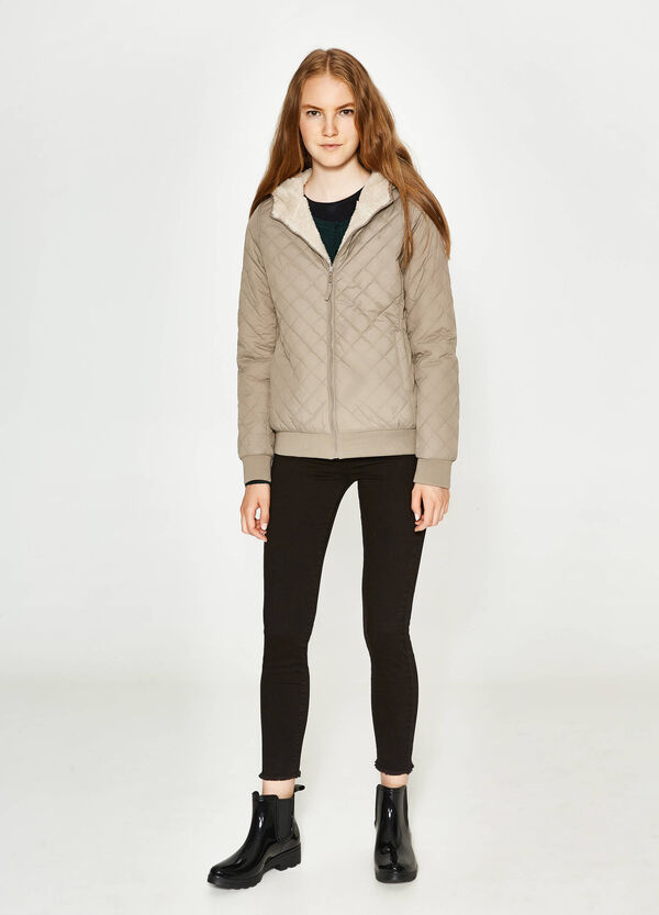 Quilted jacket with fur