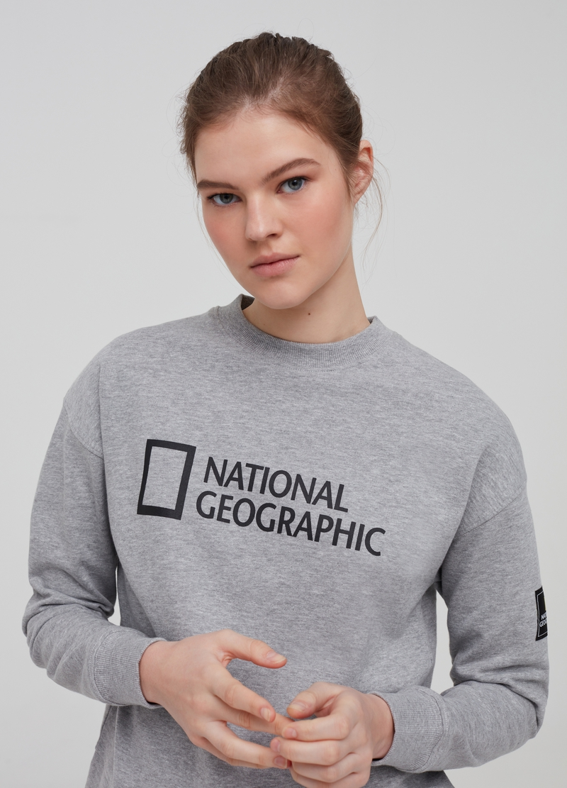 National Geographic sweatshirt in organic cotton image number null