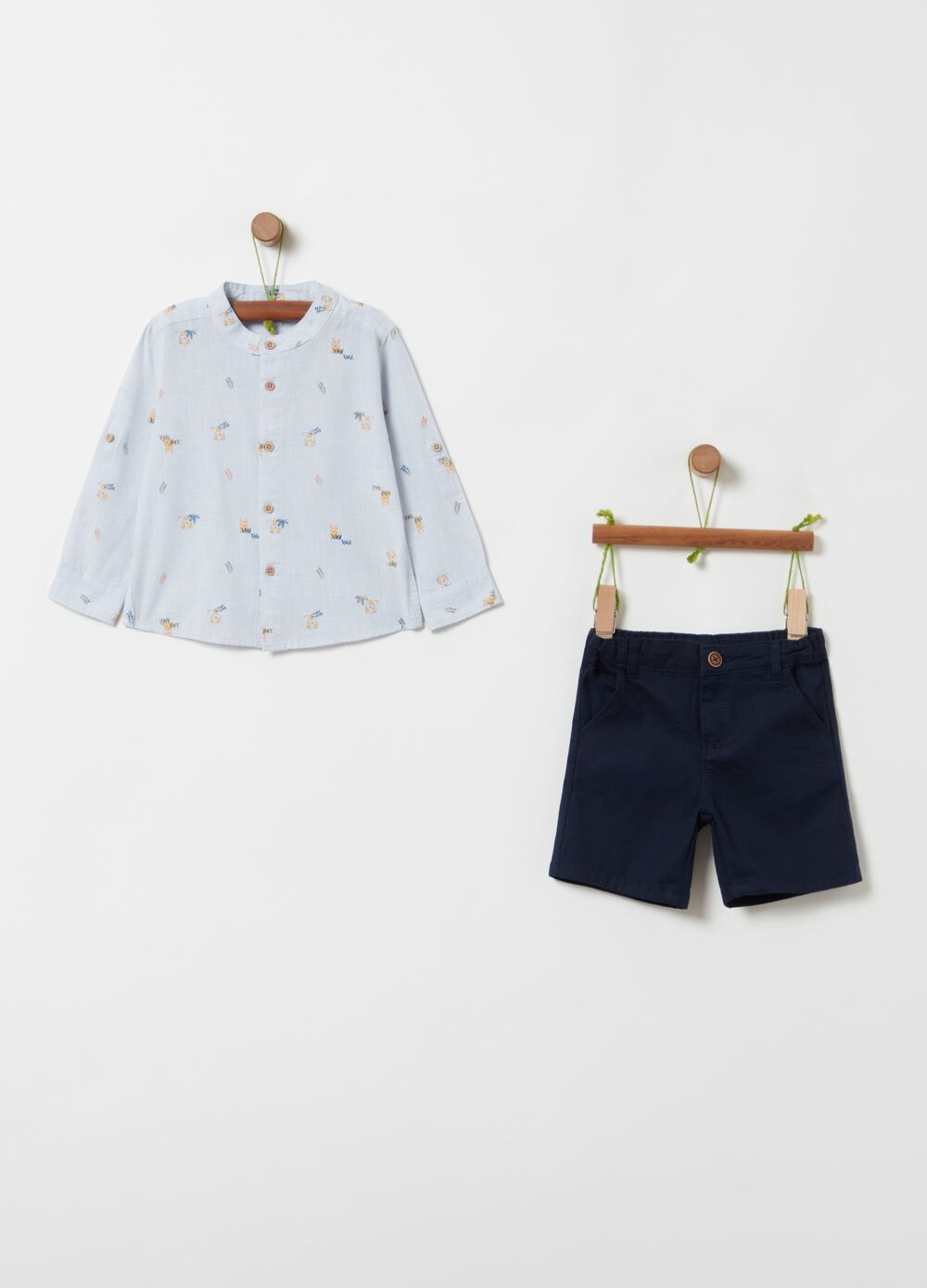 Shirt with all-over print and shorts set