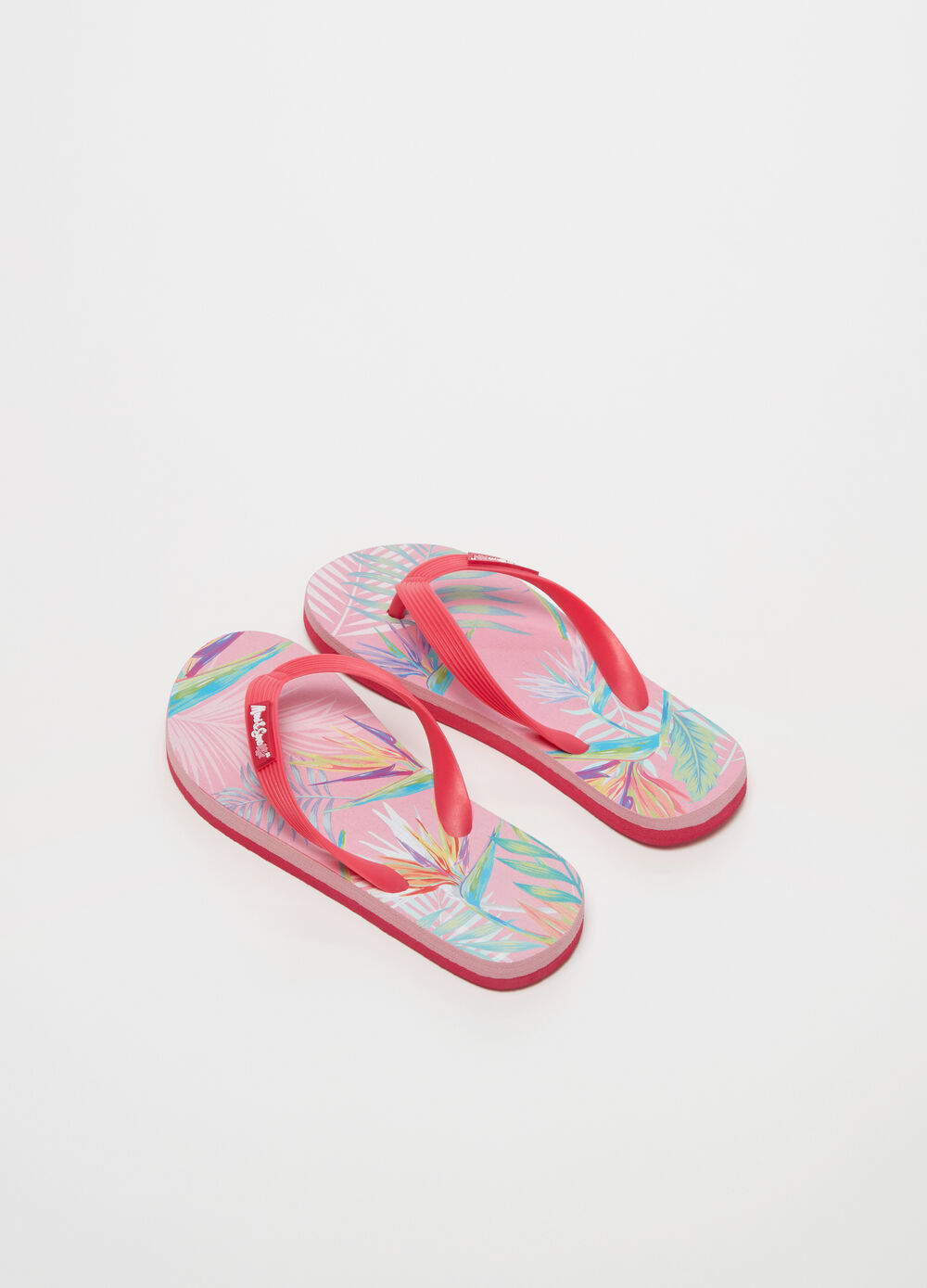 Hawaiian flip flops by Maui and Sons