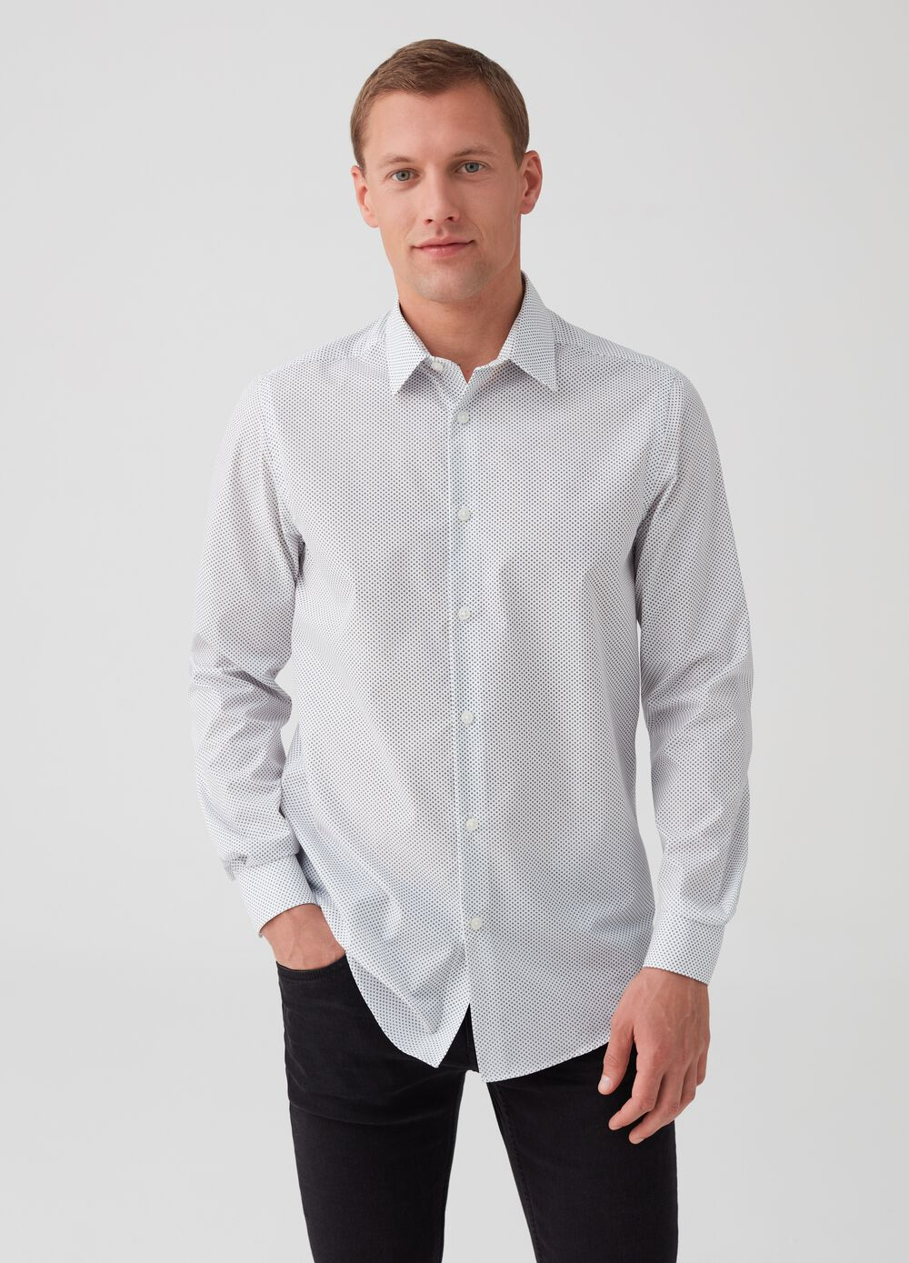 Slim-fit patterned shirt