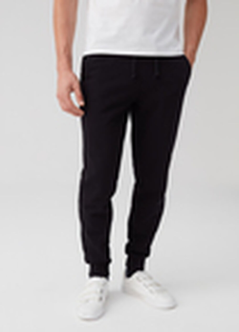 Joggers with drawstring and pockets