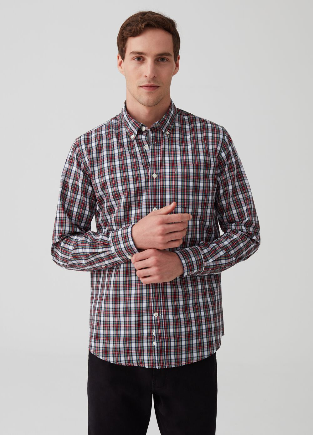 Check pattern shirt with button-down collar