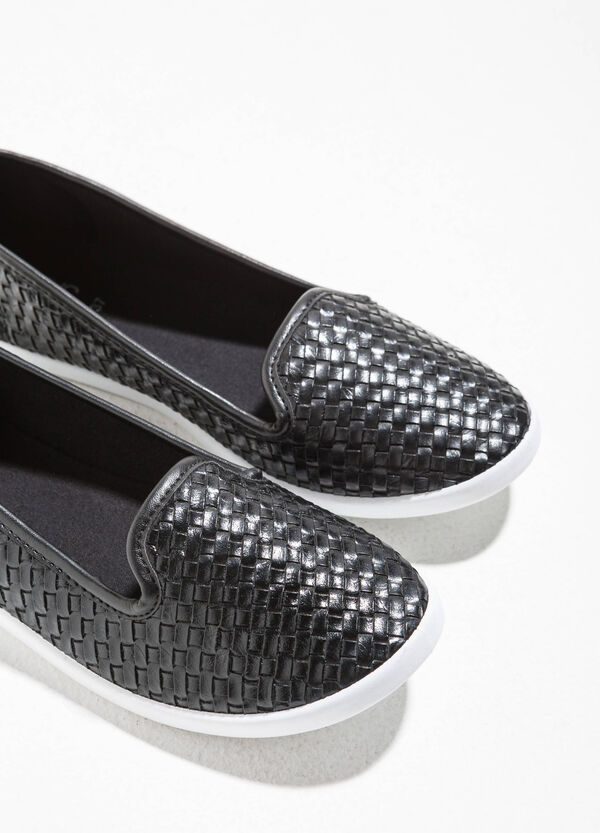Slip-on with woven upper | OVS