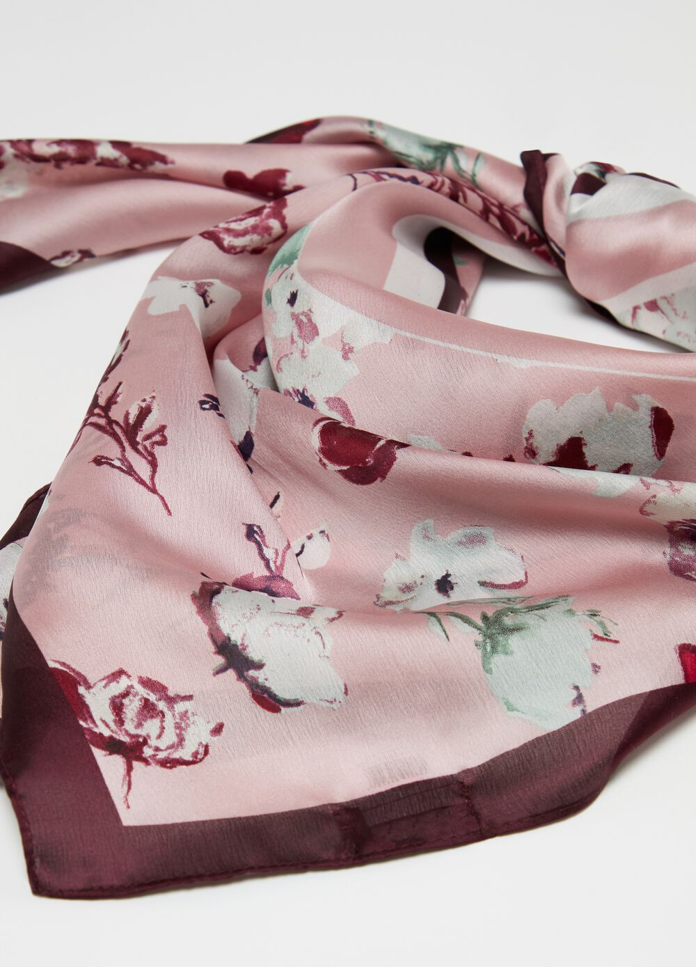 Foulard with floral pattern print