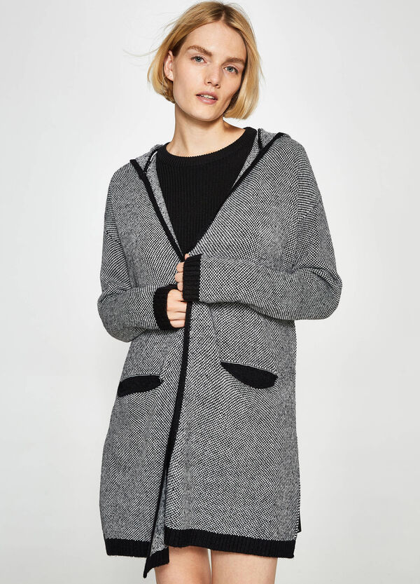 Long knitted cardigan with trim | OVS