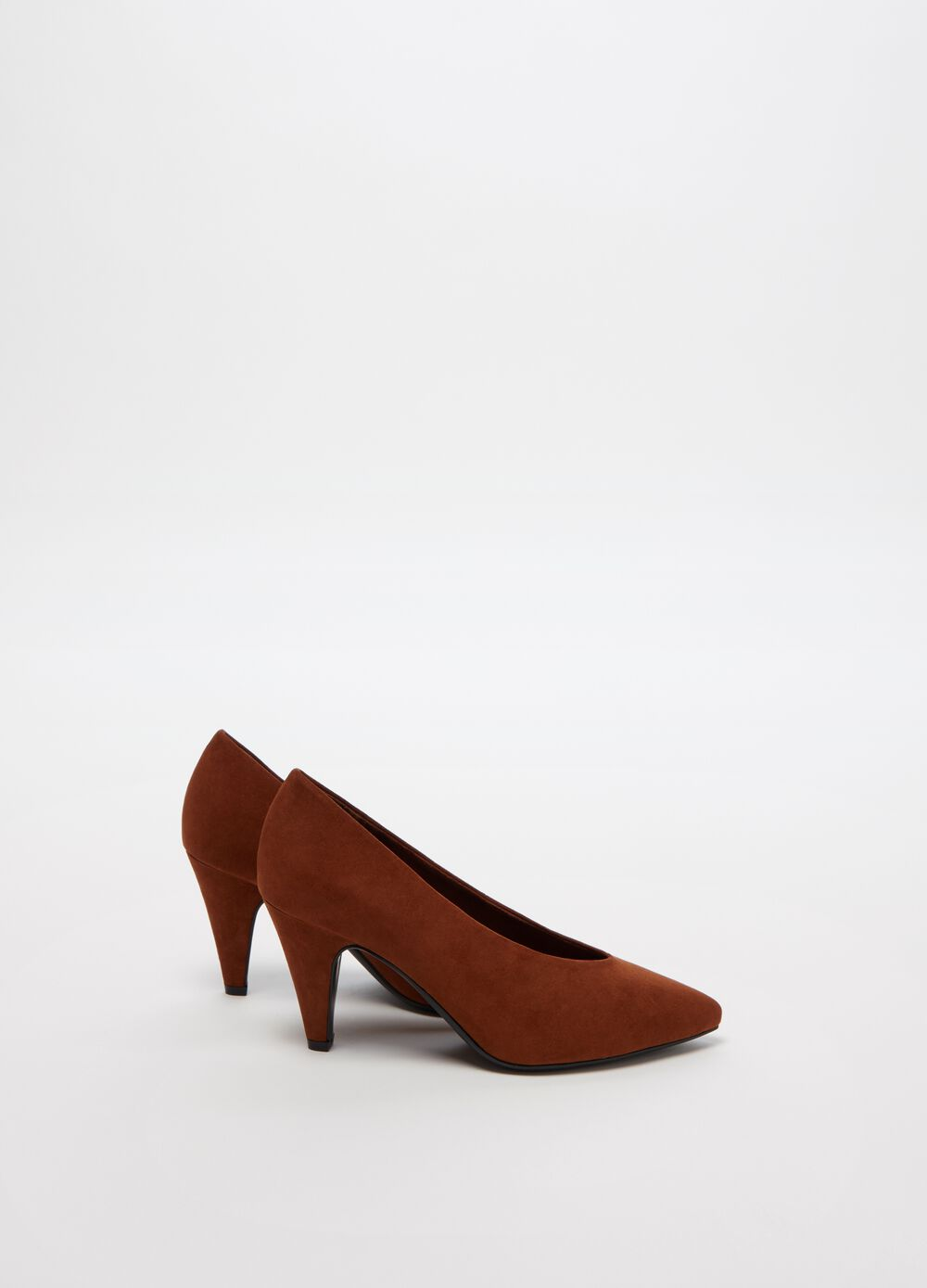 Suede-effect pointed court shoe