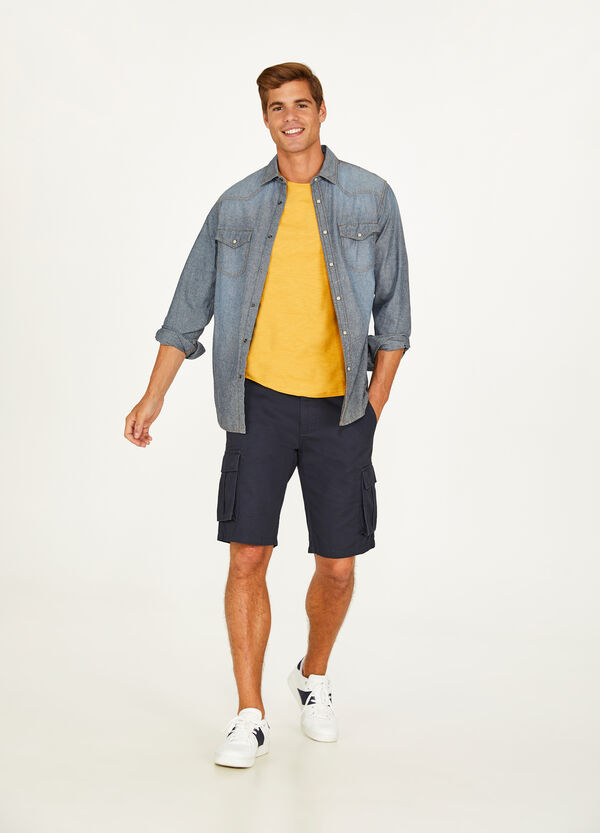 Solid colour cotton cargo Bermuda shorts