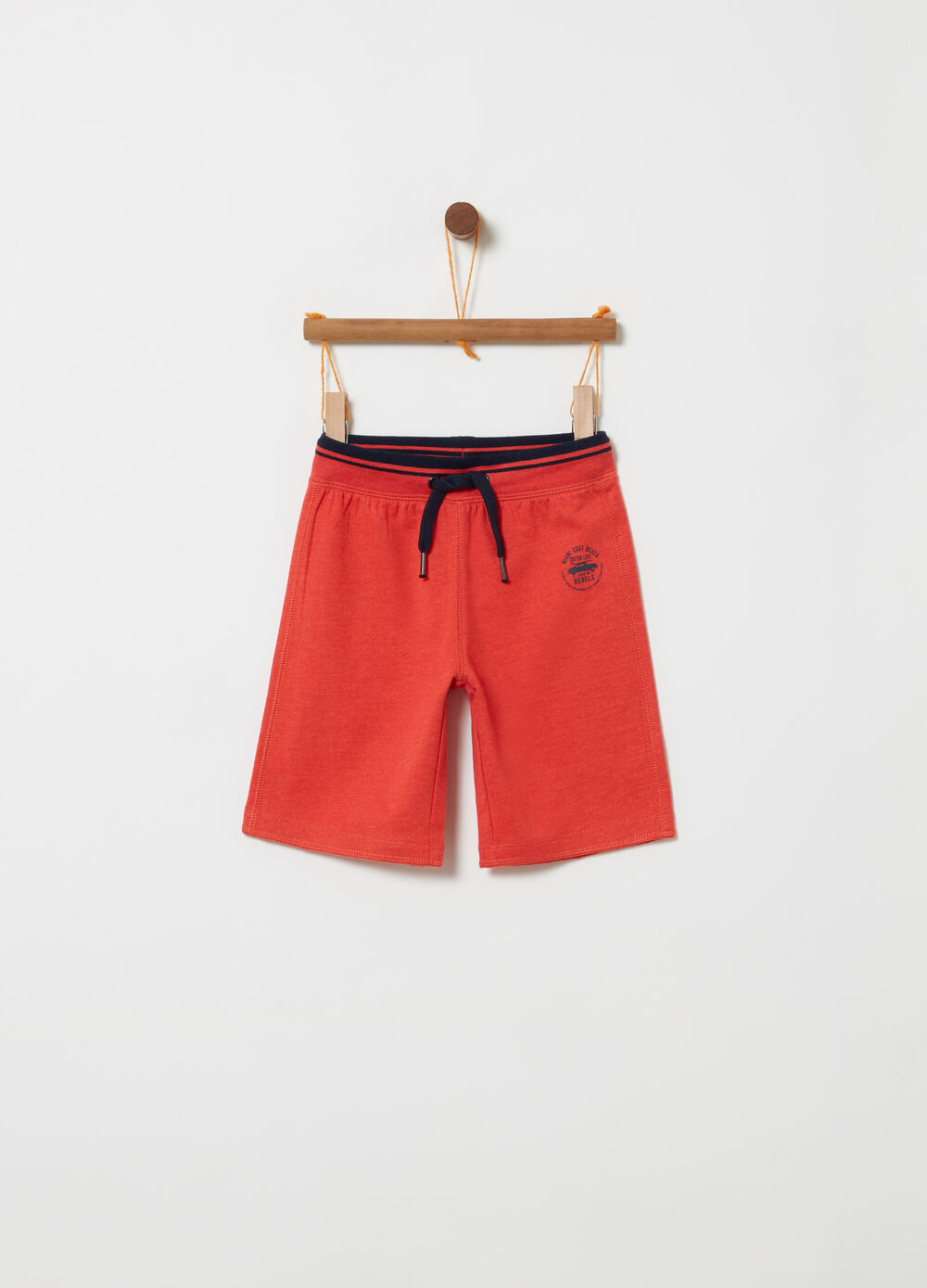 Shorts French Terry con costina rigata