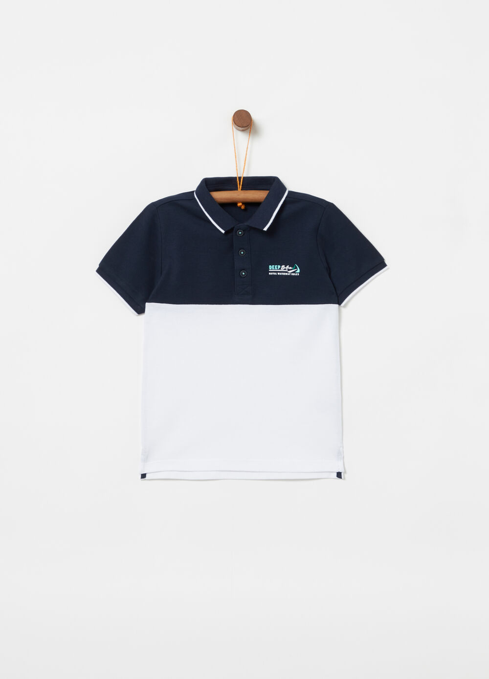 Piqué polo shirt with knitted collar and print