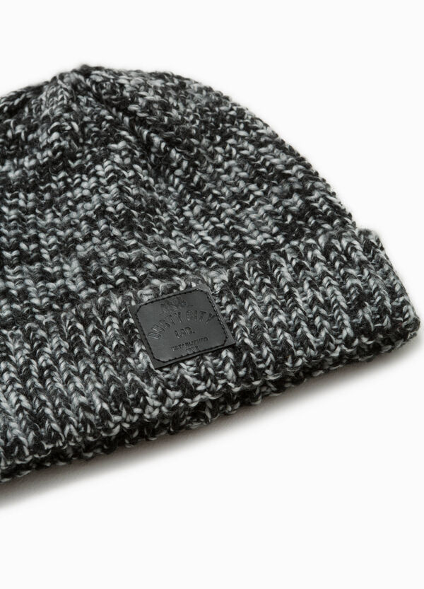 Two-tone beanie cap with patch