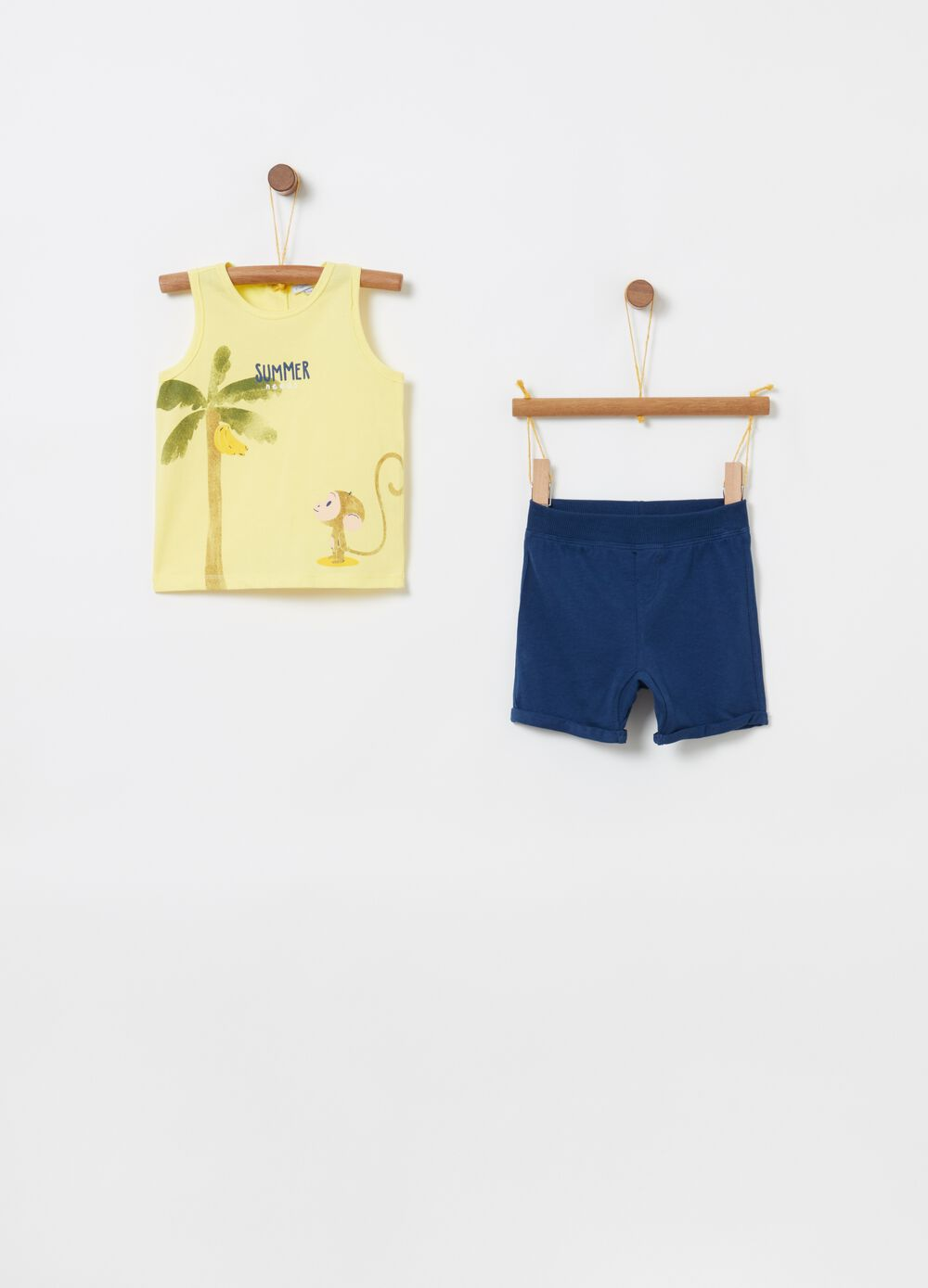 Vest and shorts jogging set with print
