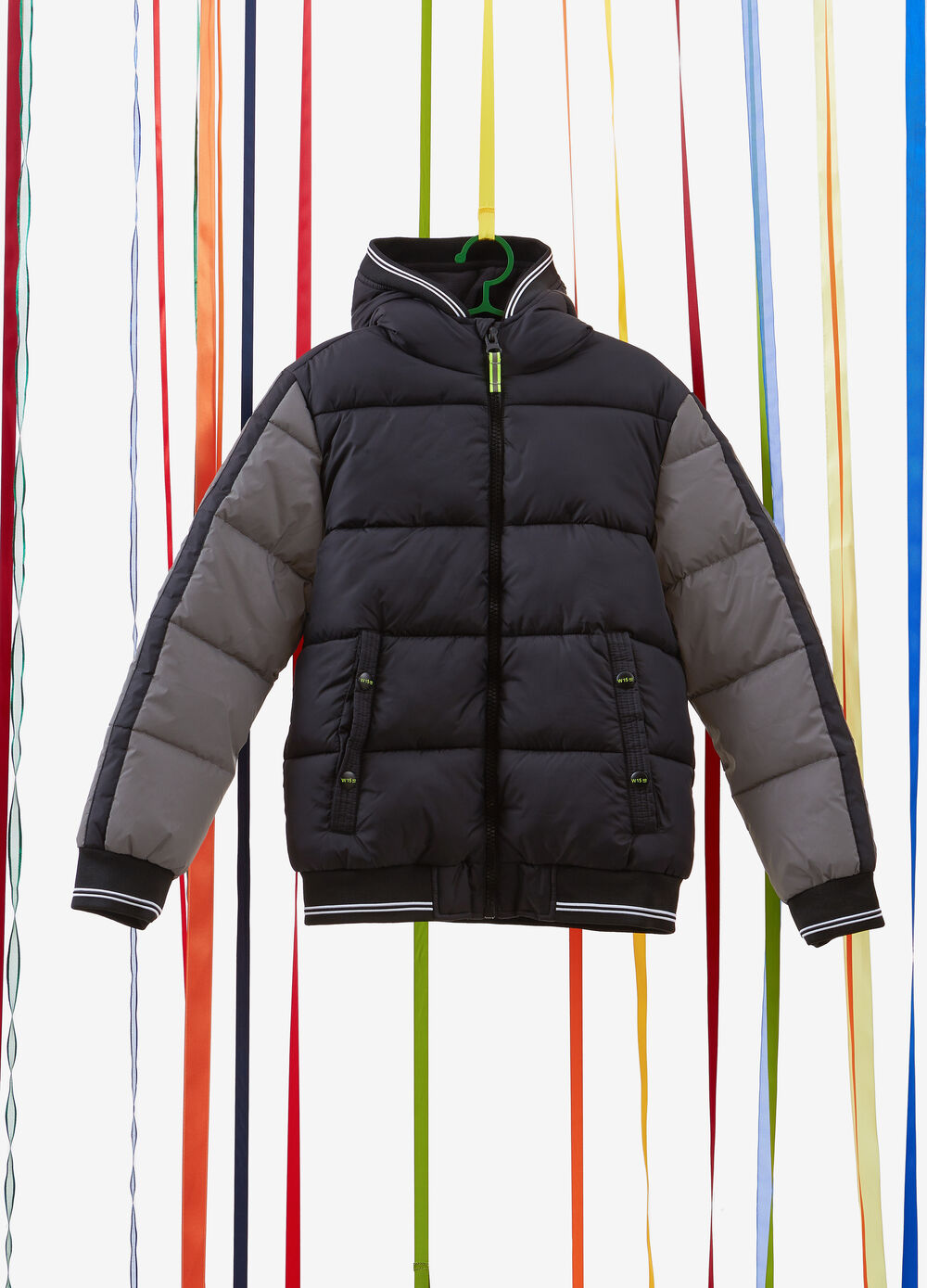 Quilted jacket with contrasting colour sleeves