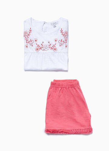 Pyjamas with flounce and embroidery in 100% cotton