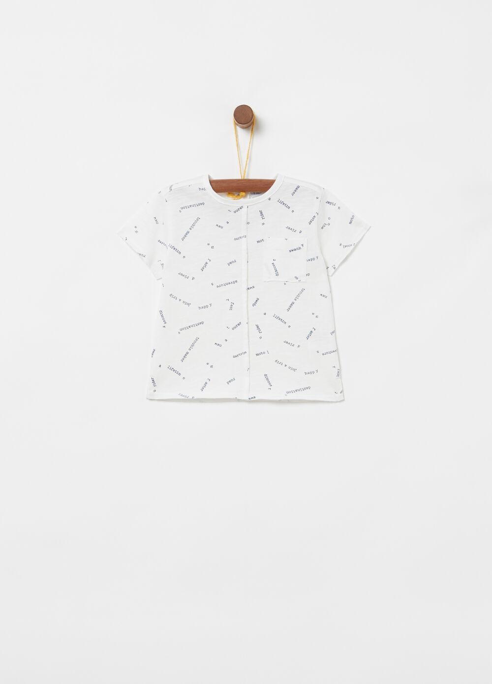 100% cotton T-shirt with pocket and pattern