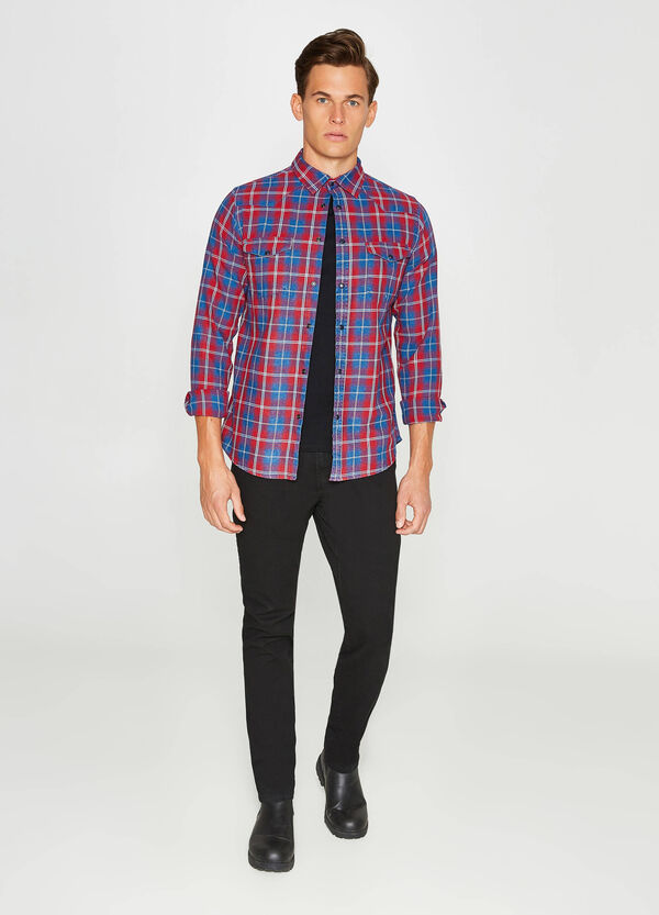 Check casual shirt with small pockets