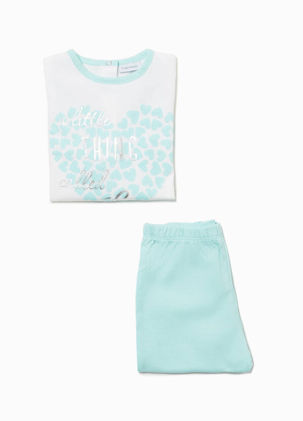 Pyjamas with heart print and lettering