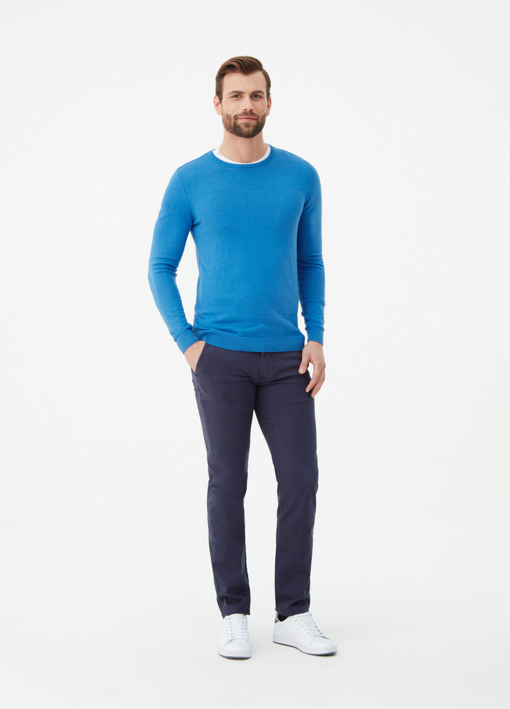 Solid colour slim-fit stretch chino trousers