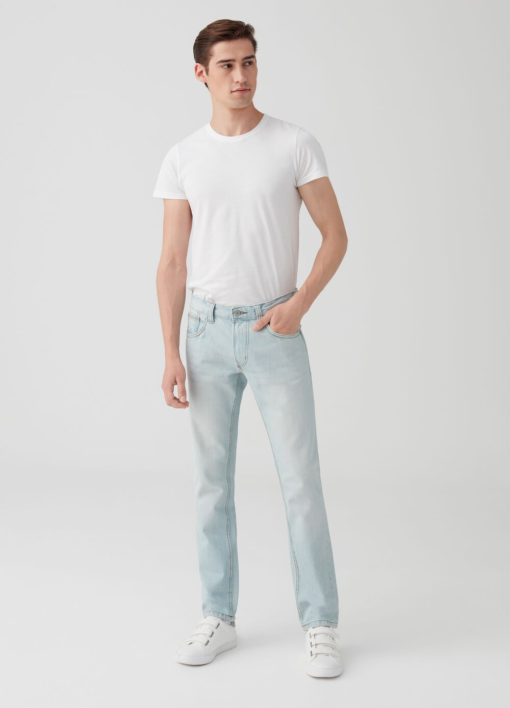 Vintage-effect, slim-fit jeans with five pockets