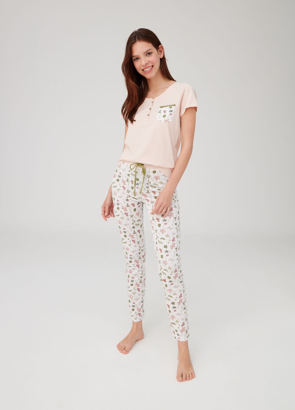 Floral pyjamas with T-shirt and trousers