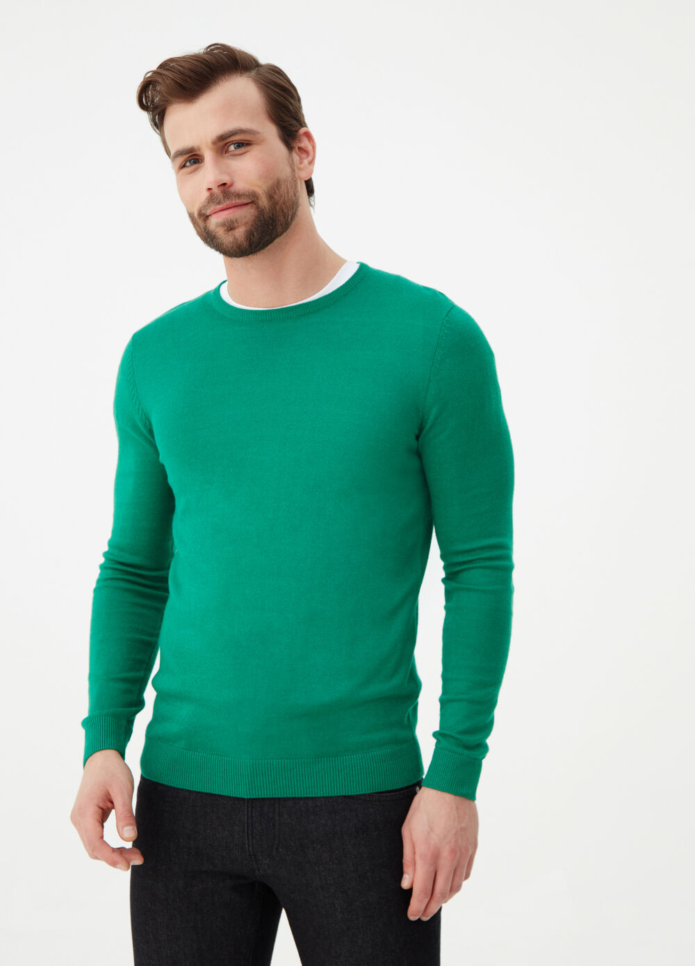 Solid colour crew-neck pullover