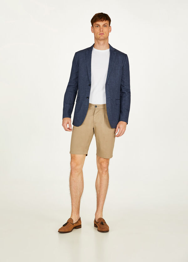 Solid colour cotton Bermuda chinos